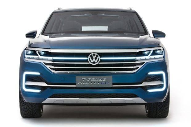 obnovlennyj-krossover-volkswagen-touareg-2018-modelnogo-goda-15-620x413.jpg
