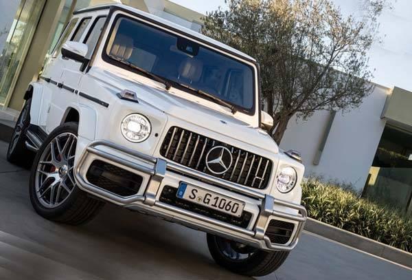 Mercedes-G-Class-2018-05.jpg
