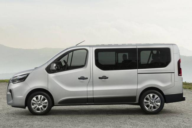 Nissan-NV300-2021-3.jpg