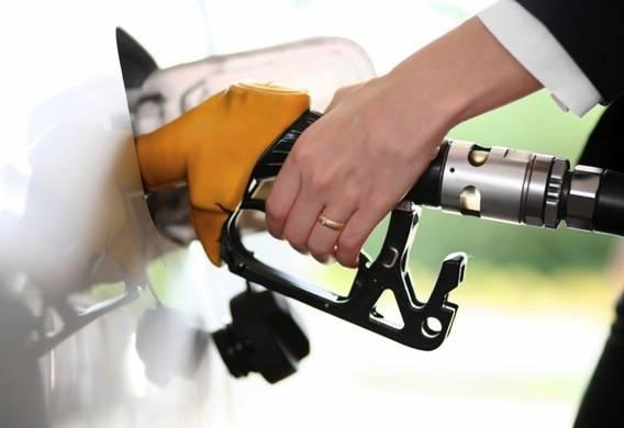 kakoy-benzin-zalivat.jpg