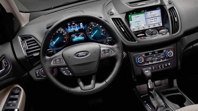 Foto-Ford-Kuga.-Dizajn-eksterera-i-interera-foto.jpg