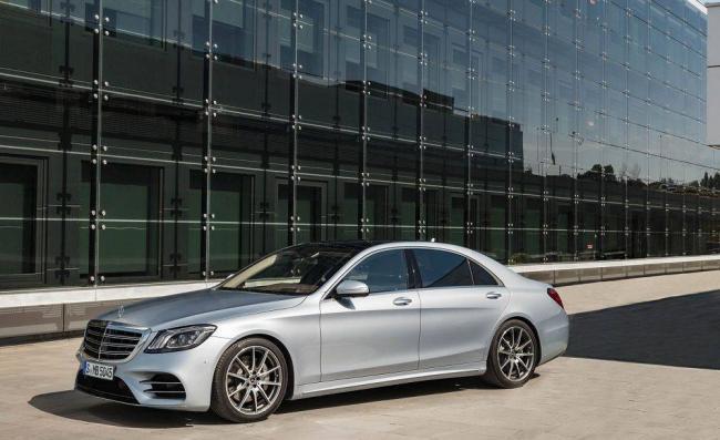 Mercedes-Benz-C-klass-2020-4.jpg