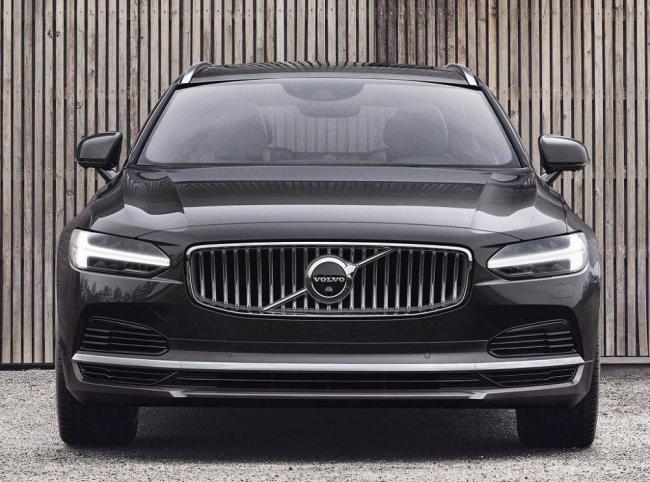 Volvo-S90-2021-2.jpg