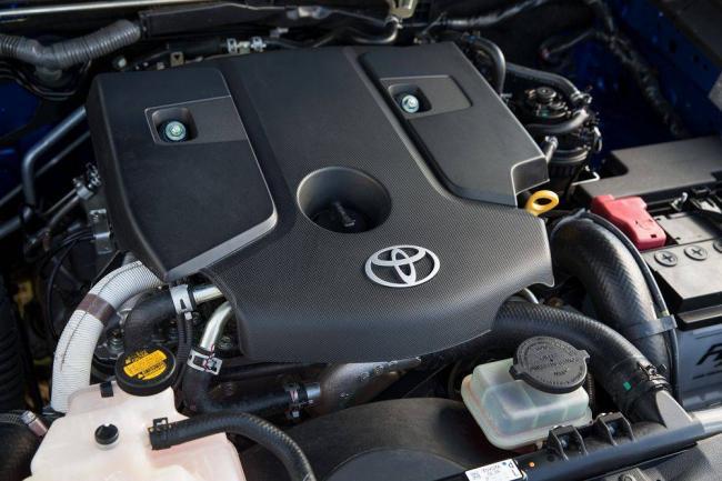2020-Toyota-Hilux-14.jpg
