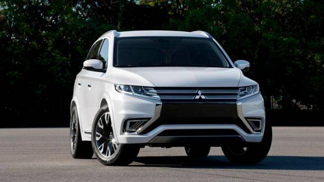 2017-Mitsubishi-ASX-white-front.jpg