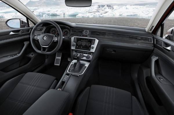 Volkswagen-passat-alltrack-006.jpg