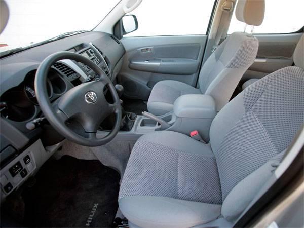 Toyota-Hilux-4.jpg