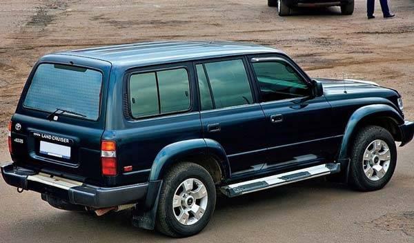 Toyota-Land-Cruiser-80-03.jpg