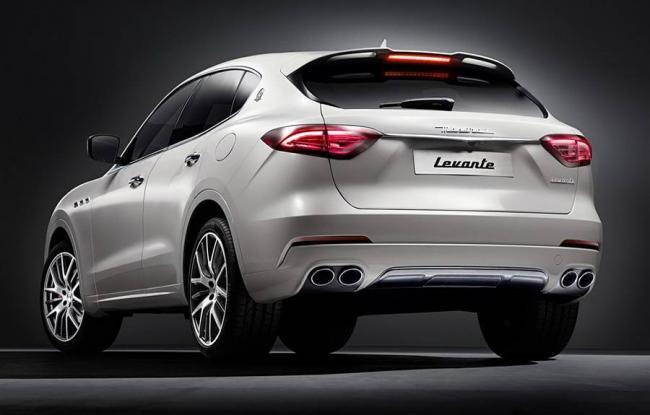 Maserati-Levante-2016-2017-11.jpg