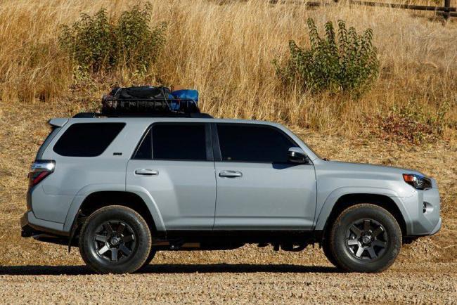 Toyota-4Runner-2021-2.jpg