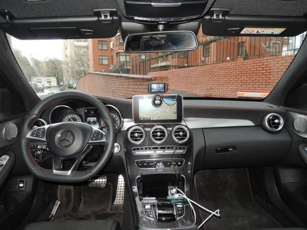 Mercedes-Benz-C450-AMG-7.jpg