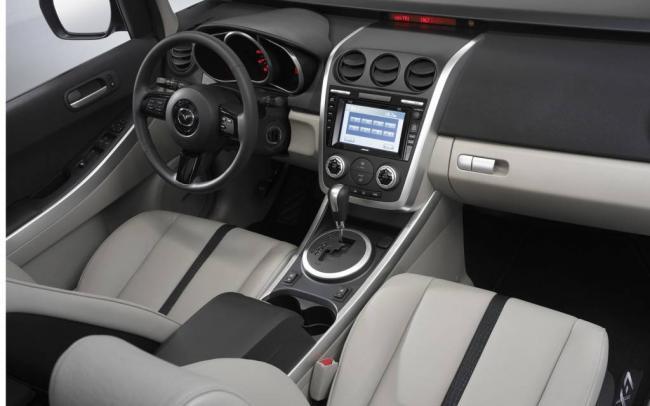 2007-Mazda-CX-7-interior-1024x640.jpg