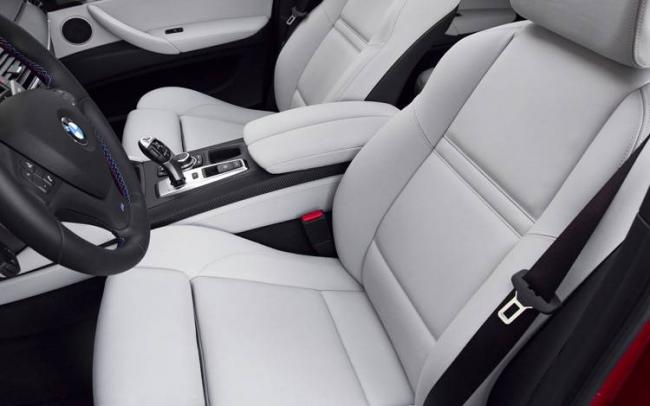2011-BMW-X6-M-front-seating.jpg