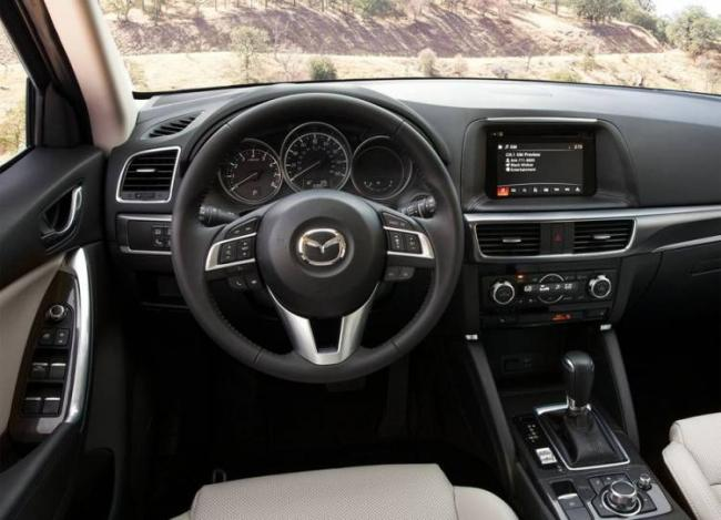 Mazda-CX-5-2015-2016-interior-750x542.jpg
