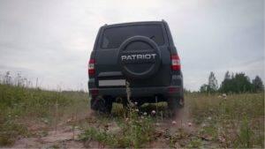 uaz-patriot-2020-vid-szadi-300x169.jpg