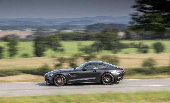 2018-Mercedes-AMG-GT-3.jpg