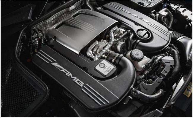 2018-Mercedes-AMG-C63-S-Engine-1.jpg