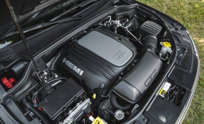 2016-Dodge-Durango-RT-154-876x535-750x458.jpg