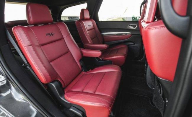 2016-Dodge-Durango-RT-139-876x535-750x458.jpg