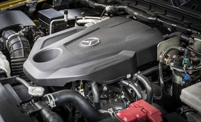 2018-Mercedes-X-class-12.jpg