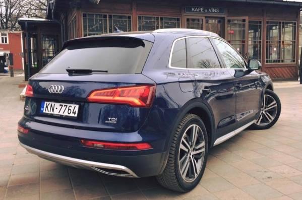 Audi-Q5-2017-10.jpg