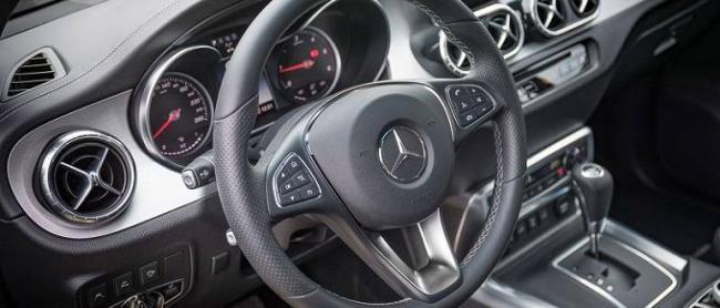 Mercedes-X-Class-2019-10.jpg