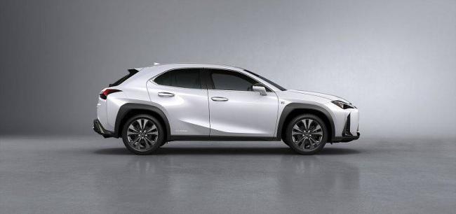 Lexus-UX-2019-3.jpg