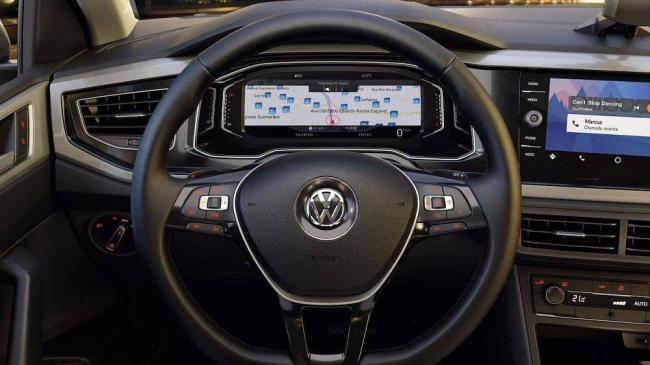 Volkswagen-Polo-2018-10.jpg