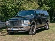 187px-Ford_Excursion%2C_12._Internationales_Maritimes-Fahrzeugtreffen%2C_Ribnitz-Damgarten_%28_1060472%29.jpg