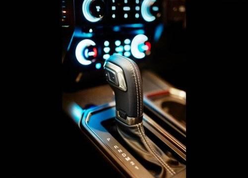 Ford_F-150_Raptor_SuperCrew_2016-2017_020-500x360.jpg