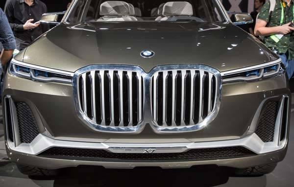 BMW-X7-2018-03.jpg