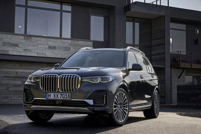 2018-BMW-X7-2.jpg