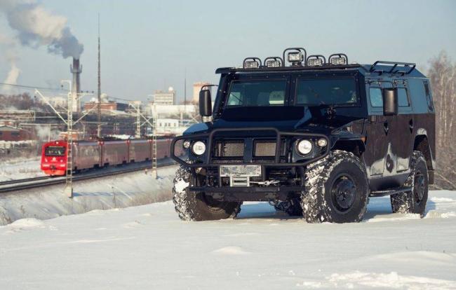 GAZ-2330-Tigr--900x574.jpg