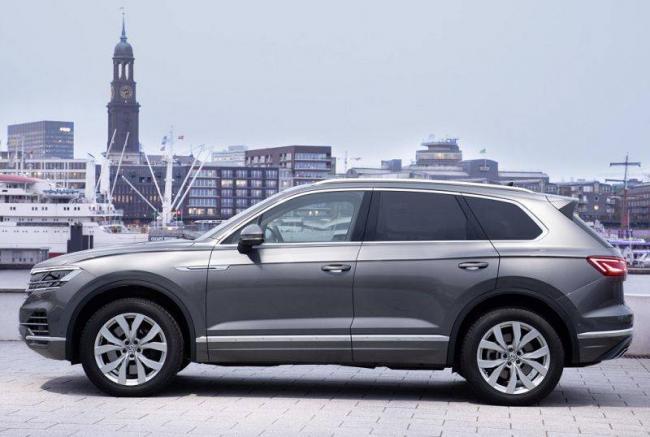 Volkswagen-Touareg-2021-3.jpg