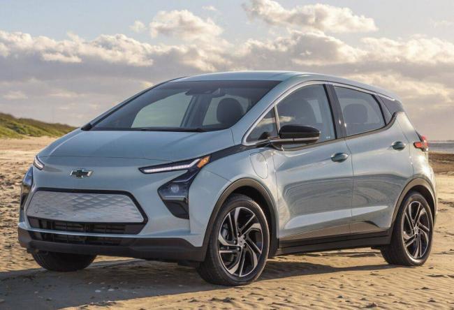 Chevrolet-Bolt-EV-2021-2.jpg