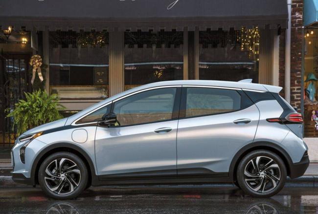 Chevrolet-Bolt-EV-2021-3.jpg