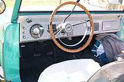 180px-Ford_Bronco_1966_Convertible_Cockpit_Lake_Mirror_Cassic_16Oct2010_%2814690453660%29.jpg