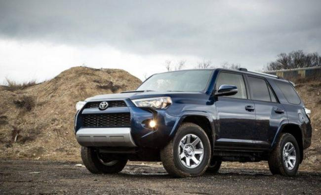 2016-Toyota-4Runner-112-876x535-750x458.jpg