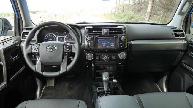Toyota-4Runner-2019-9.jpg