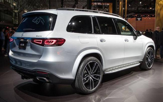 Экстерьер Mercedes GLS 2019-2020