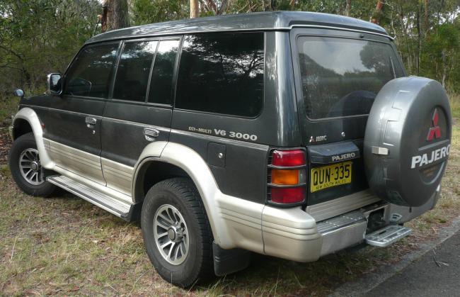 Mitsubishi-Pajero-1991.jpg