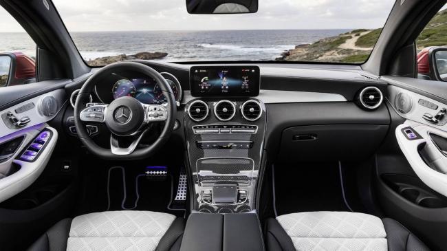 mercedes-glc-coupe-2020-4.jpg