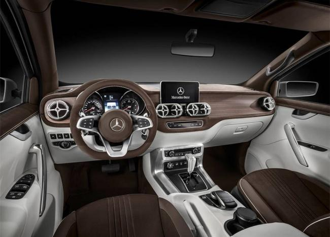 Mercedes-Benz-X-class-salon.jpg